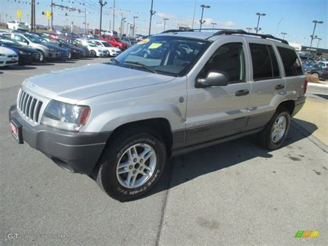 silver jeep grand cherokee 2004 bright silver metallic 2004 jeep grand cherokee laredo 4x4