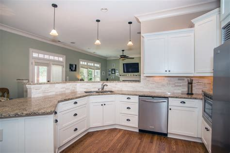 cabinets to go malibu white findley myers malibu white cabinets cabinets matttroy