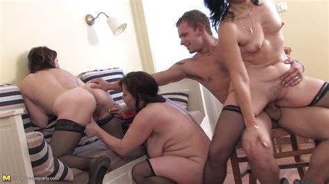 Jarolina Lucinda K Anni K In Crazy Party With Three