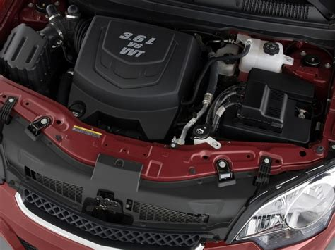 image  saturn vue awd  door  red  engine size