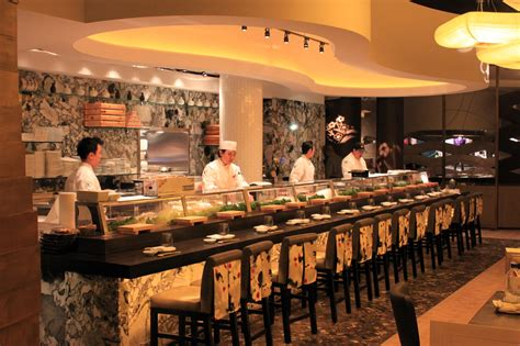 cuisine bar among vegas 39 towering megaresorts nobu hotel manages to