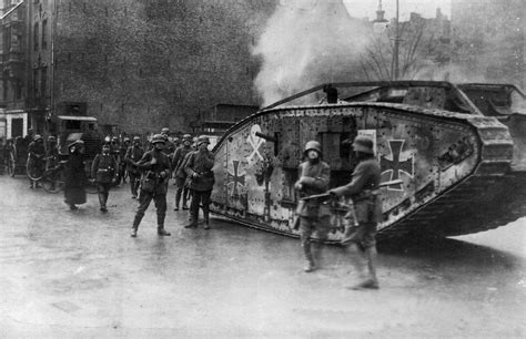 British Steel  Mk Iv Tank In Berlin, Germany 1919 Gott