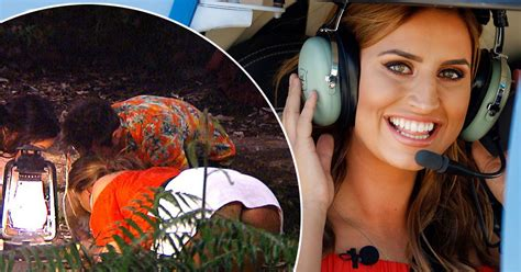 Ferne McCann flashes her bum on I'm A Celebrity as reality ...