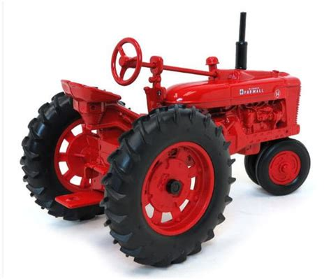 farmall  tractor narrow front action toys