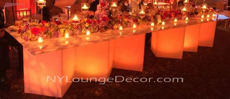 ny lounge decor acrylic sweetheart tables