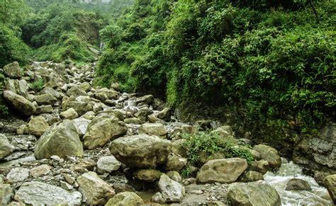 Rock Garden, Darjeeling 15-08-2011.jpg