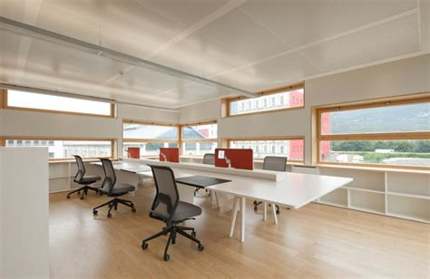 nouvelle agence groupe 6 224 grenoble 38 construction21