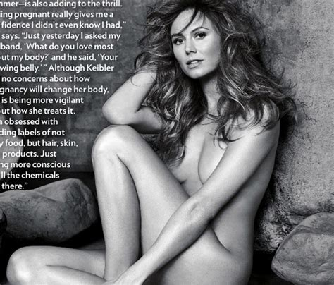 Stacy keibler nude pics15 hottest wwe divas and their jpg 610x521