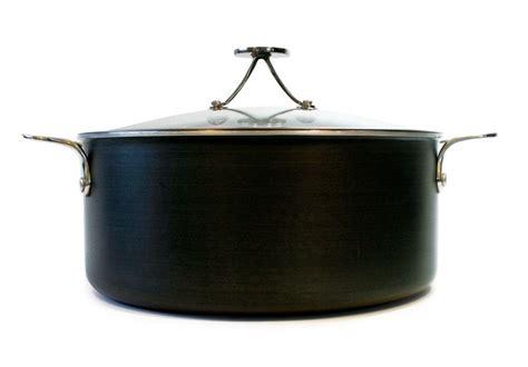 tyler florence steel clad dutch oven  lid  quart tyler florence dutch oven great recipes