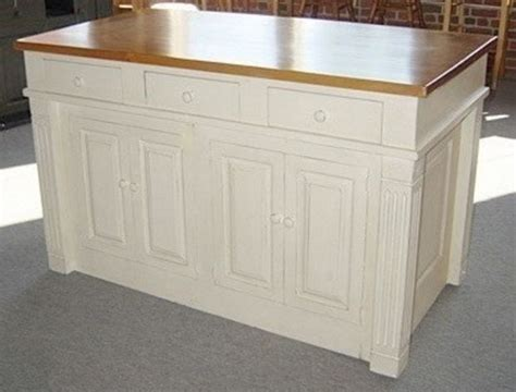 what to put on a kitchen island kitchen island cabinets 2161