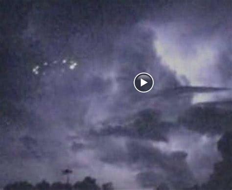 mystery lights  houston  people talking  ufos