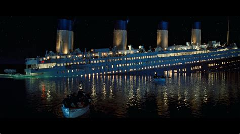 Titanic The Boat Sinking by Titanic Sinking Wallpapers Wallpaper Cave