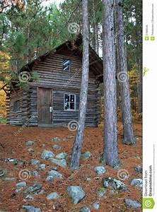 Kanadisches Blockhaus Preise : kanadisches blockhaus lizenzfreies stockfoto bild 27686545 ~ Articles-book.com Haus und Dekorationen