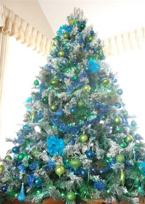 25 eye catching green christmas tree decorations ideas