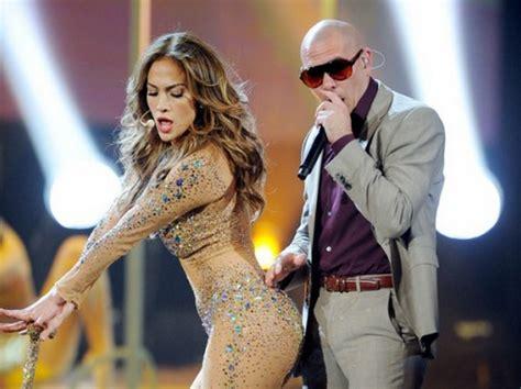 """Jennifer Lopez featuring Pitbull dans """"Live It Up"""" – 2Hilarious.com"""