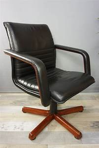 Fauteuil Cuir Et Bois : fauteuil de bureau vintage pivotant en bois et cuir 1960 design market ~ Teatrodelosmanantiales.com Idées de Décoration