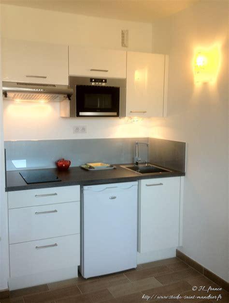 cuisine dans studio cuisine 233 quip 233 e studio