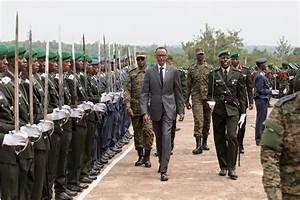 PHOTOS: Kagame Warns Traitors in Rwanda Army | ChimpReports