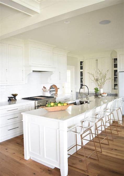 dove white kitchen cabinets 25 best white kitchens ideas on kitchen 6943