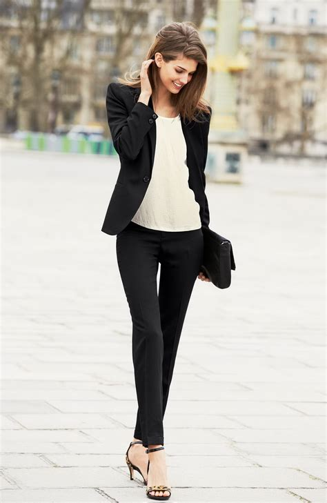Black and White Formal or Casual Outfits for Ladies u2013 Designers Outfits Collection