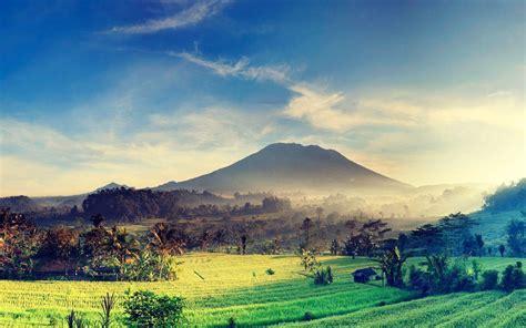 tourist attractions  bali capture indonesia