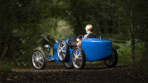 While the original bugatti baby was a 50% scale version of the car that brought automobiles ettore bugatti to fame in the 1920s, the bugatti baby ii offers more in terms of size and considerably more. Baby Bugatti II Prototype Photo Gallery | Autoblog