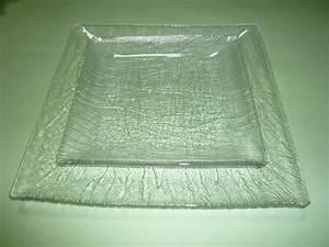 Vaisselle En Verre : assiette creuse carree en verre ~ Teatrodelosmanantiales.com Idées de Décoration