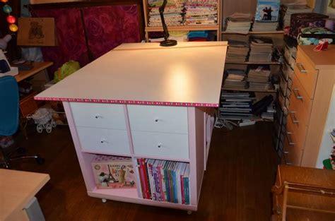 meuble bibliothèque bureau intégré une table de couture sur mesure avec kallax bidouilles ikea