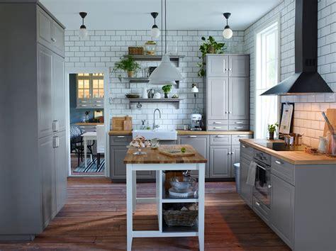 cuisine fust moderne kjøkken med klassiske linjer ikea
