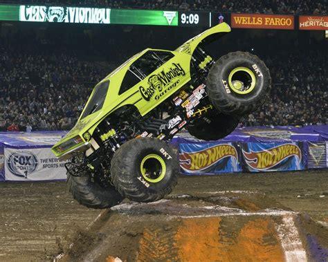 monster truck jam ta gas monkey garage monster jam truck off season update
