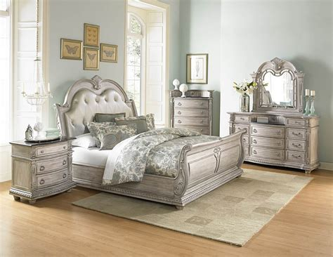 4 Piece Homelegance Palace Ii White Wash Sleigh Bedroom Set