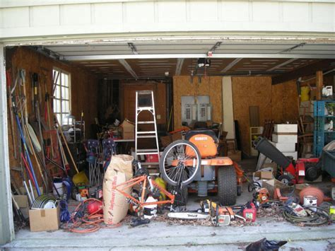 How to Declutter and Organize Your Garage