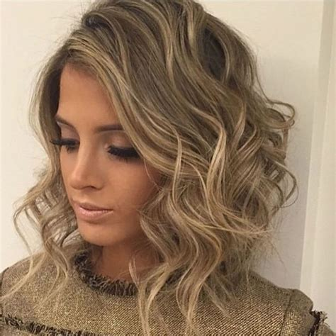 Curly & Wavy Short Hairstyles And Haircuts For Ladies 2018