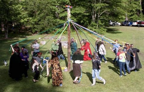 Crafting A Beltane Maypole With Help From Pythagoras