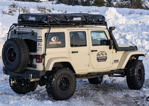 jeep tent 2 door adventure series manual 49 quot jeep edition roof top tent