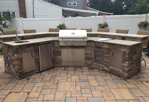 outdoor kitchen kits 1000 ideas about outdoor kitchen kits on pinterest kitchen kit prefab outdoor kitchen and