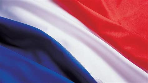 drapeau ou pas drapeau telle est la question jeunescommunistes66
