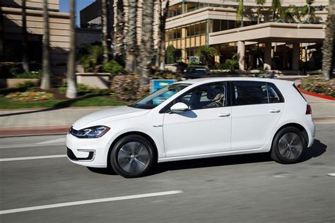 Volks Golf 2013 by 2018 Volkswagen E Golf News And Information