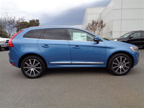 power blue volvo xc suvs roanokecom