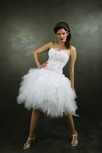 Robe De Mariee Courte : robe de mari e fee clochette avec sa traine amovible en mouchoir de tulle robes de mari es robes ~ Preciouscoupons.com Idées de Décoration
