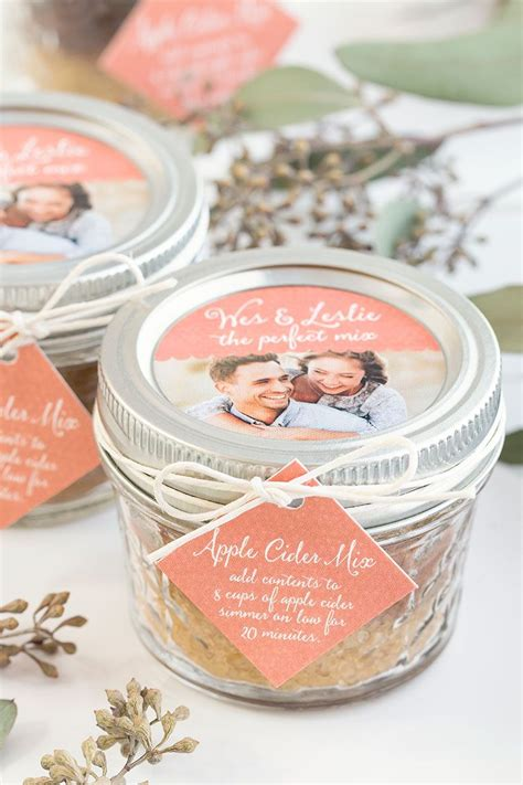 fall wedding favor apple cider mix fall wedding ideas