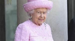 Geburtstagsfeier 14 Jährige : queen feiert geburtstag und adelt angelina jolie royals people soziales ~ Whattoseeinmadrid.com Haus und Dekorationen