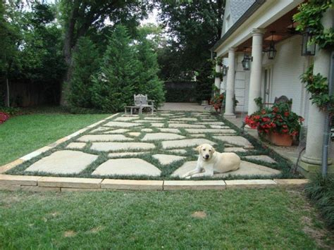 fieldstone patio flagstone patio designs yahoo search results small backyards with a dog pinterest