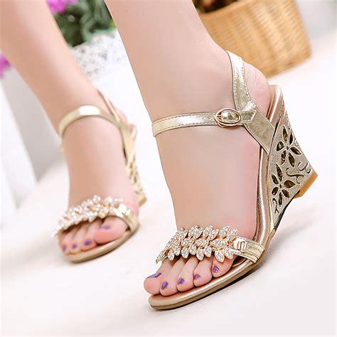 sandals  women   option  summer