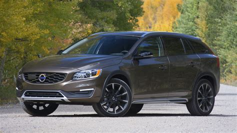 review  volvo  cross country