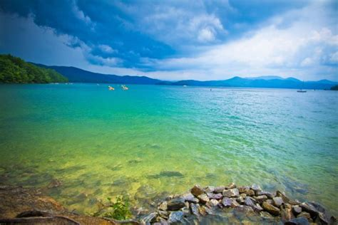 You'll Love The Crystalline Waters Found At Lake Jocassee