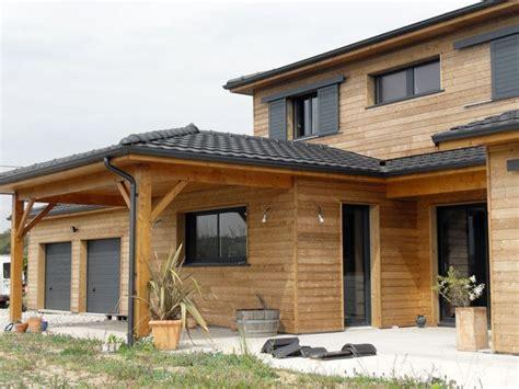 maison en bois booa les 25 meilleures id 233 es de la cat 233 gorie maison ossature bois sur maisons 224 ossature