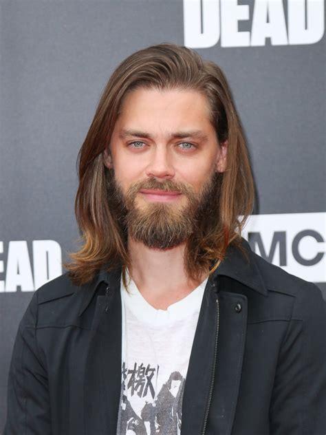 tom payne beard tom payne age weight height measurements celebrity sizes