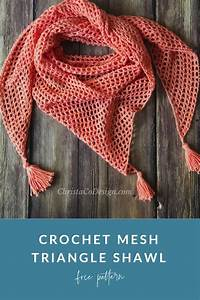 An Easy Crochet Mesh Triangle Shawl Pattern For Beginners