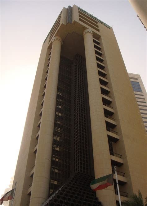 HIGH-RISE BUILDINGS & COMMERCIAL - Arab Consultants
